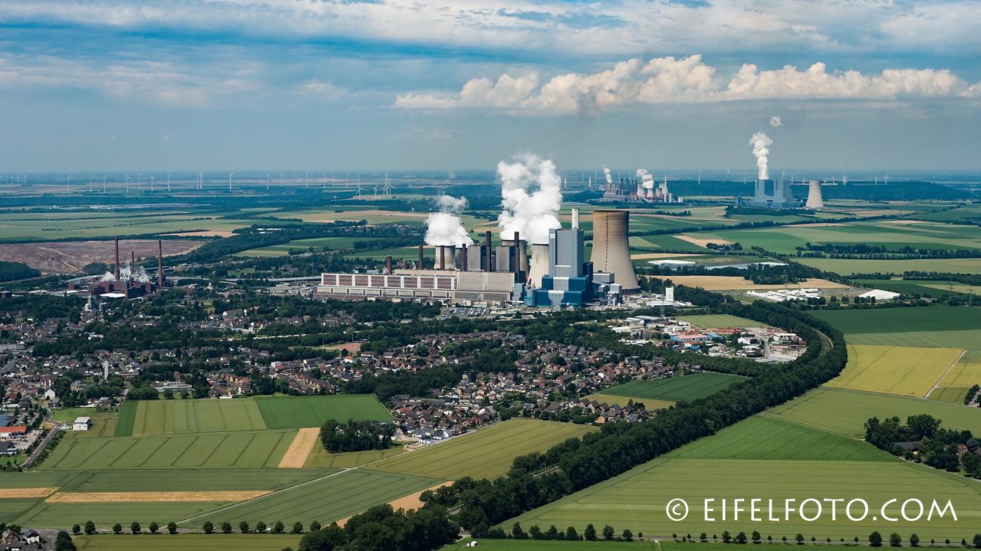 Energie-Tro: Die Kraftwerke Niederaußem, Neurath und Frimmersdorf.