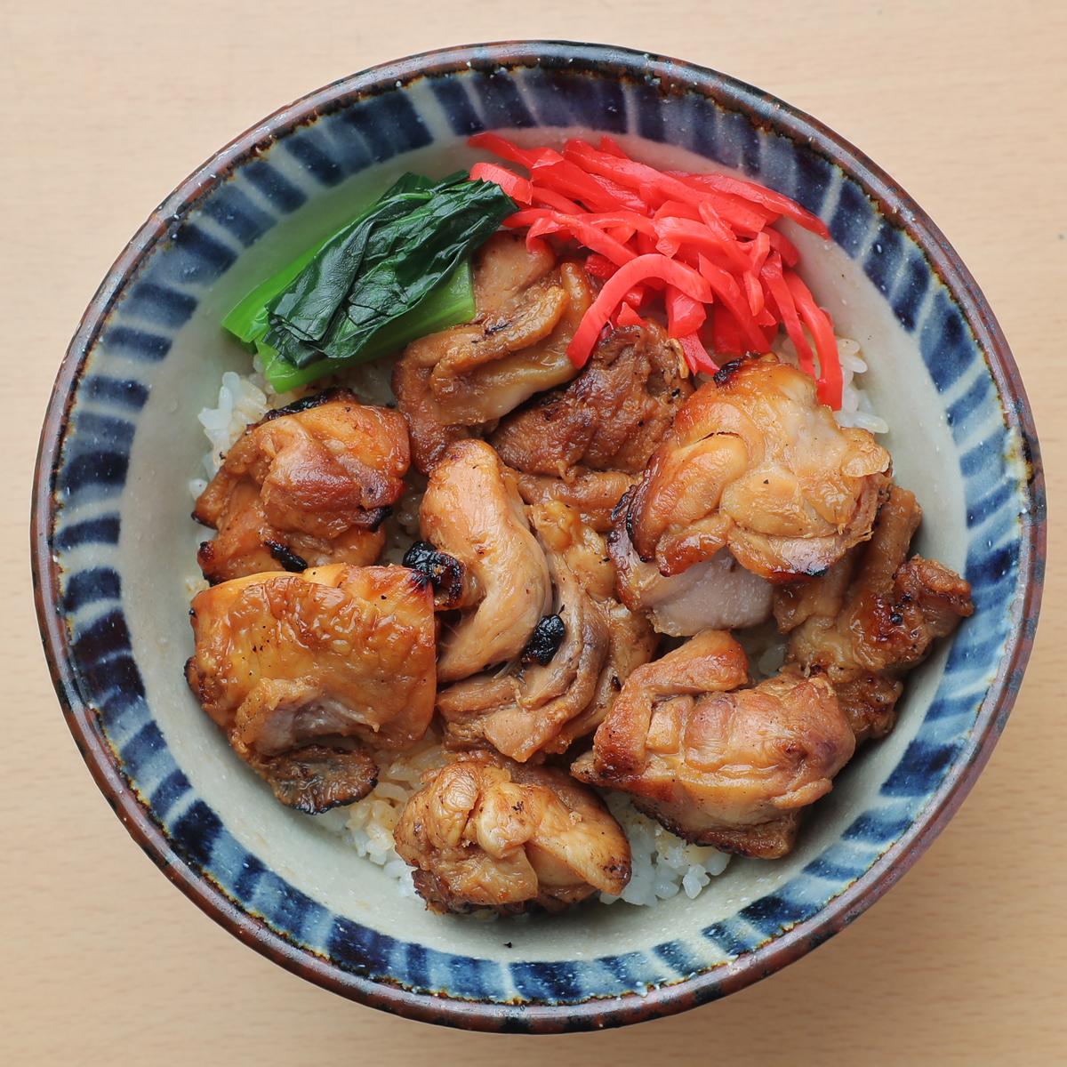 【news every.で紹介】【冷凍】鳥益 焼き鳥丼の具 1パック(200g) 580円