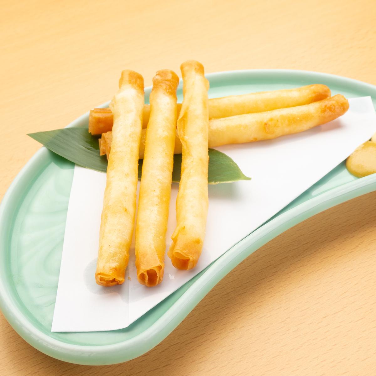 海老スティック春巻 チーズ入り 390円