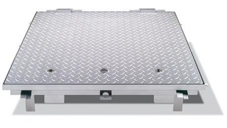 Schachtabdeckung mit hebehilfe mit riffelbechdeckel for Stahl pool eckig