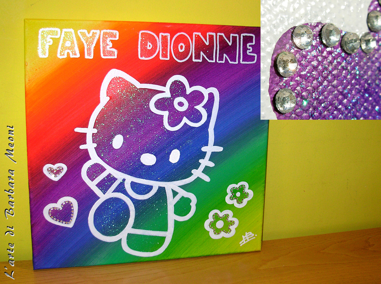 Hello Kitty-Acrilico su tela con effetto glitter iridescente e con rifiniture in strass argento 40x40 cm