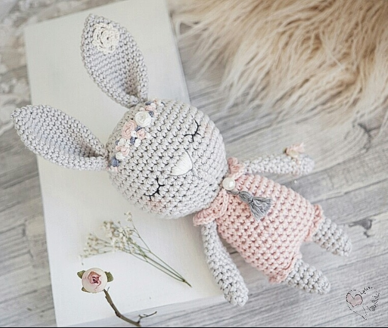 Kaninchen KLARA