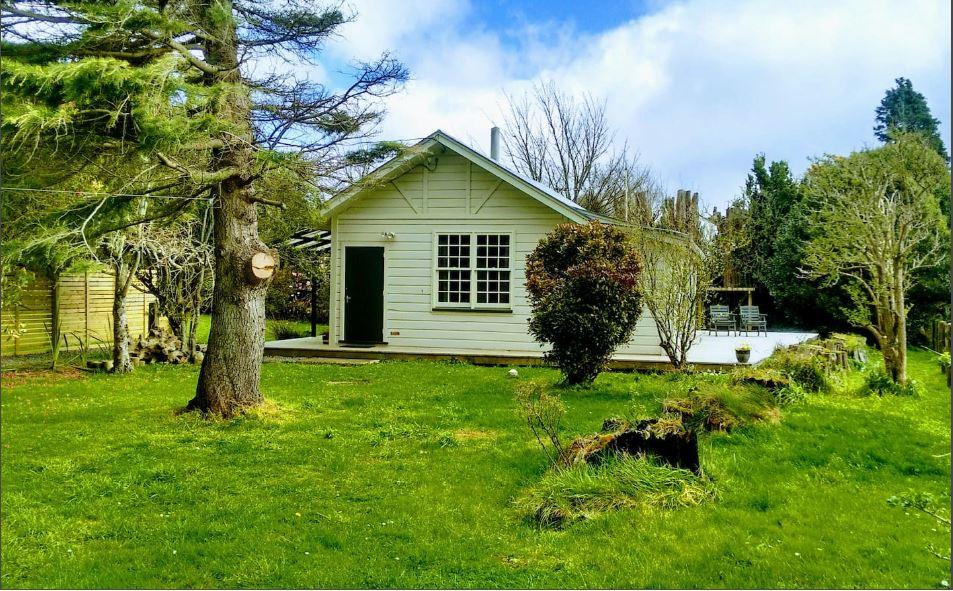 bird cottage wellington eketafuna