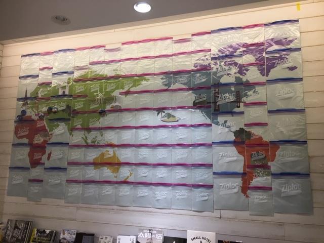 大小のziplockで彩られたメルカトル地図