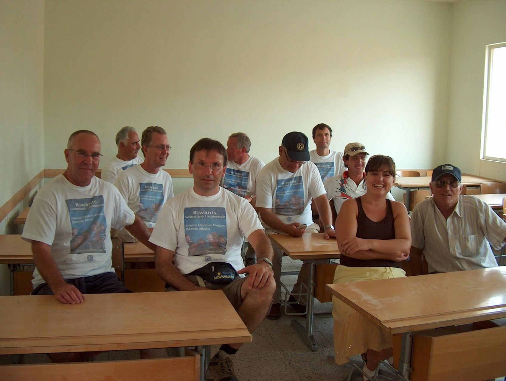 ed il team da Kiwanis dalla Svizra