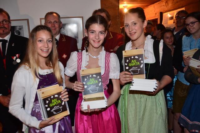 Kochbuch produziert mit der MS Klostertal, Bauerntafel und Regio Klostertal