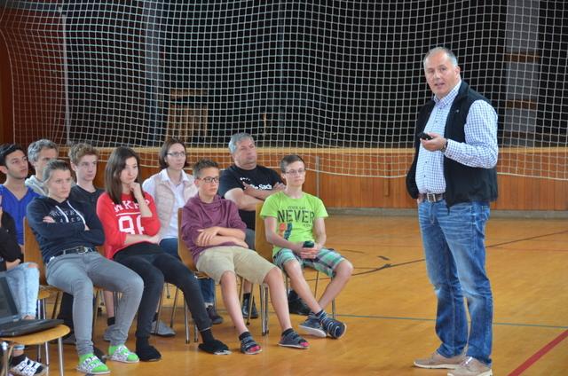 Maschinenring Oberland hilft bei der Berufswahl in der Mittelschule