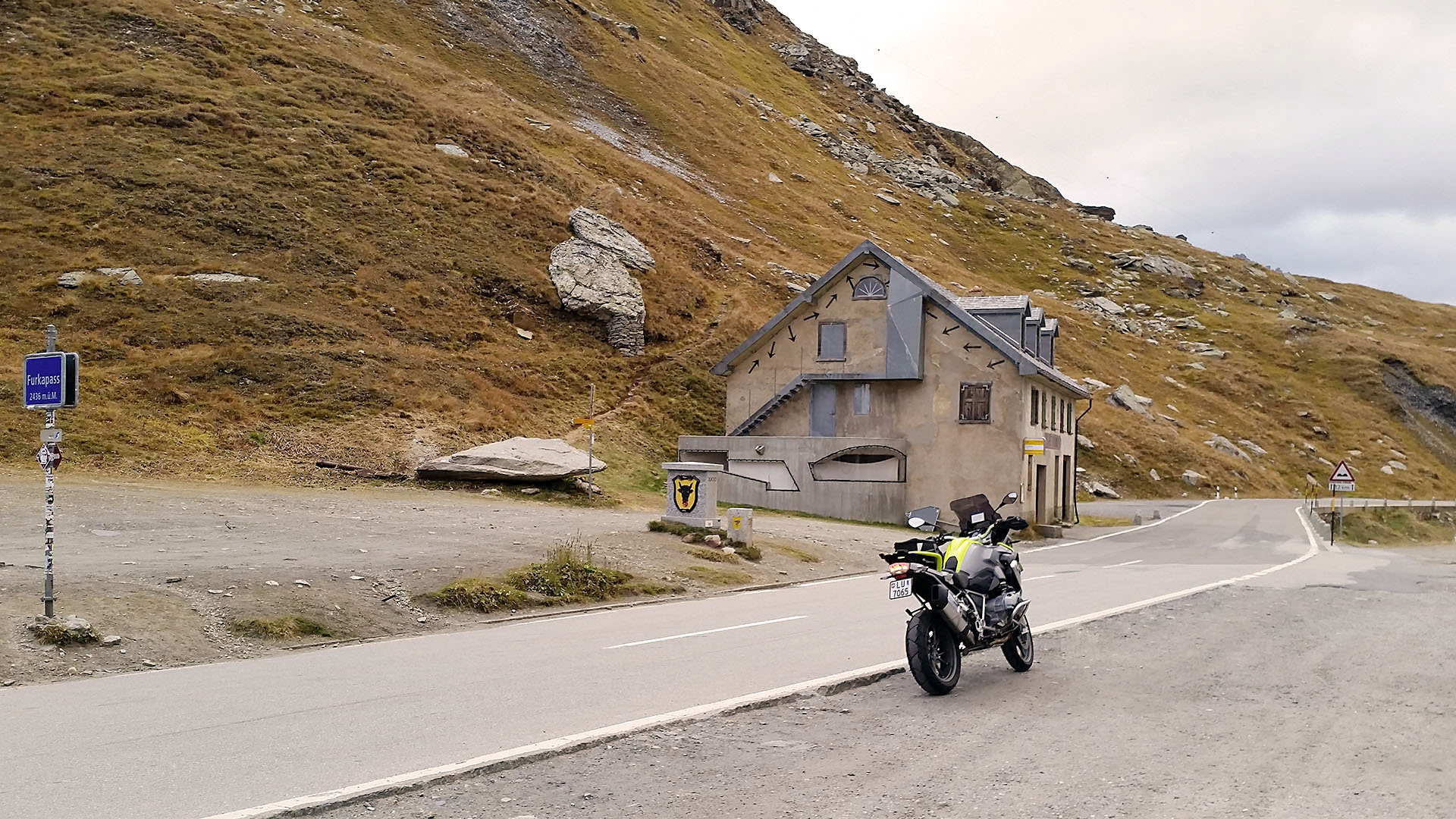 furka pass mit dem motorrad und auto p sse info. Black Bedroom Furniture Sets. Home Design Ideas