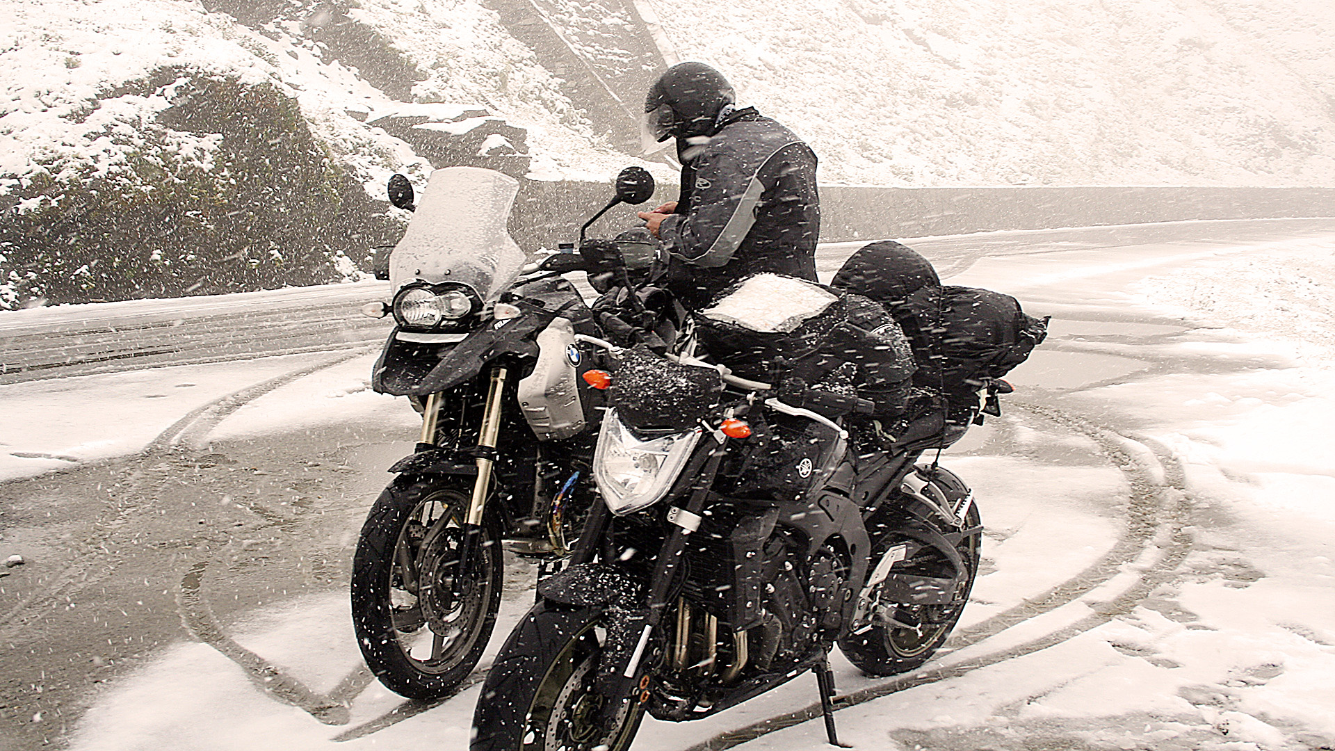 Wintereinbruch im September am Col de l'Iseran © Pässe.Info