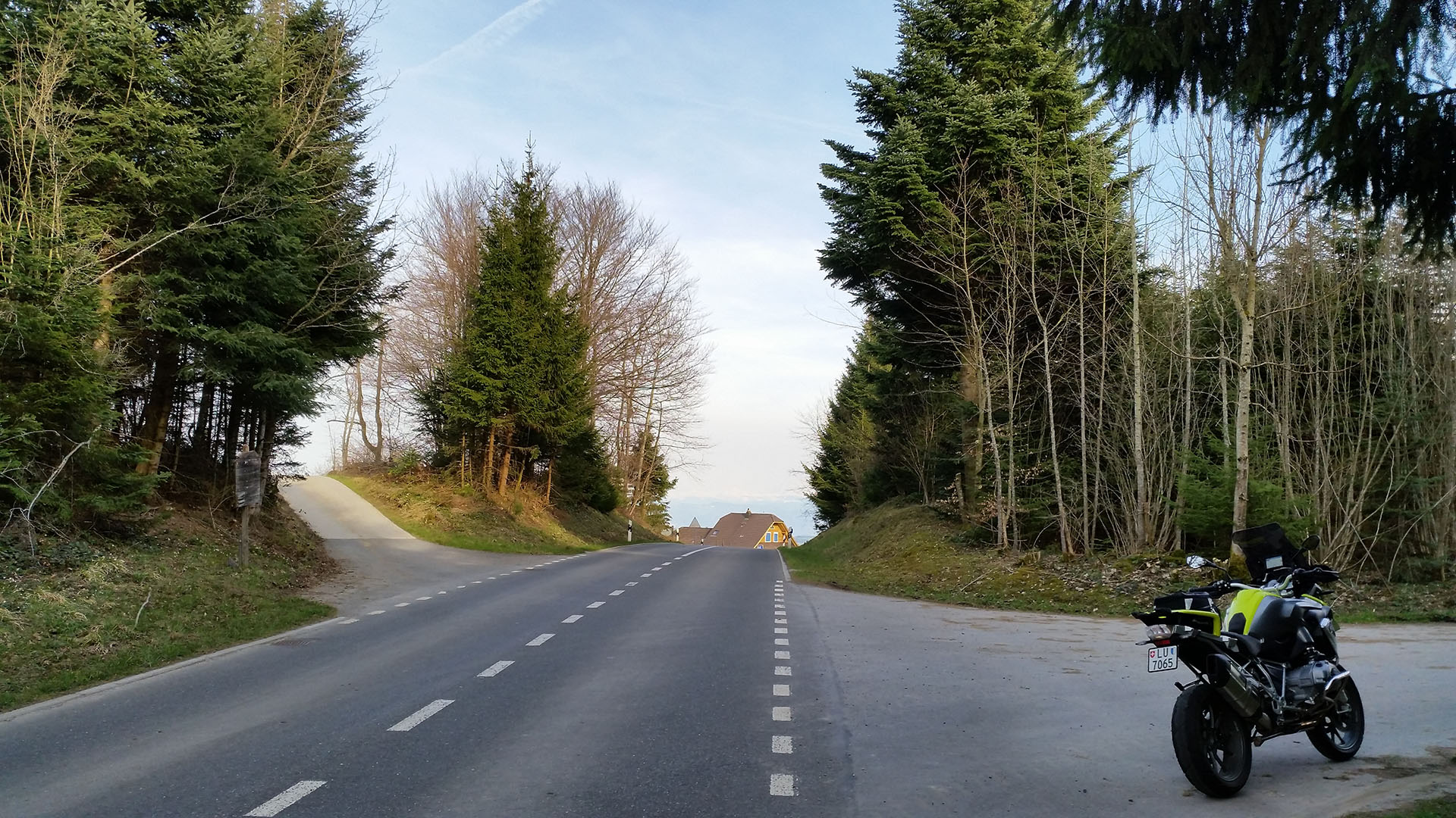 0795 - CH - Erlosen Waldhus