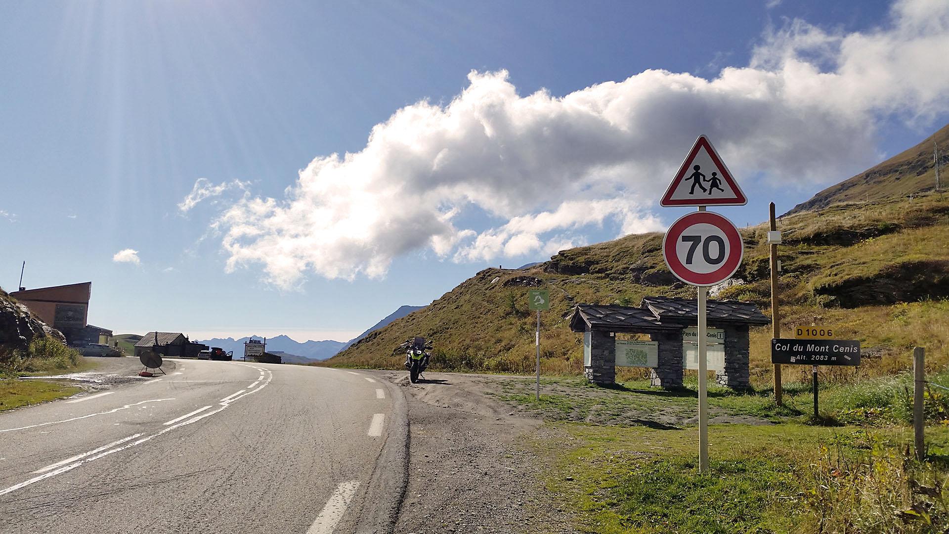 2083 - F - Col du Mont Cenis © Pässe.Info