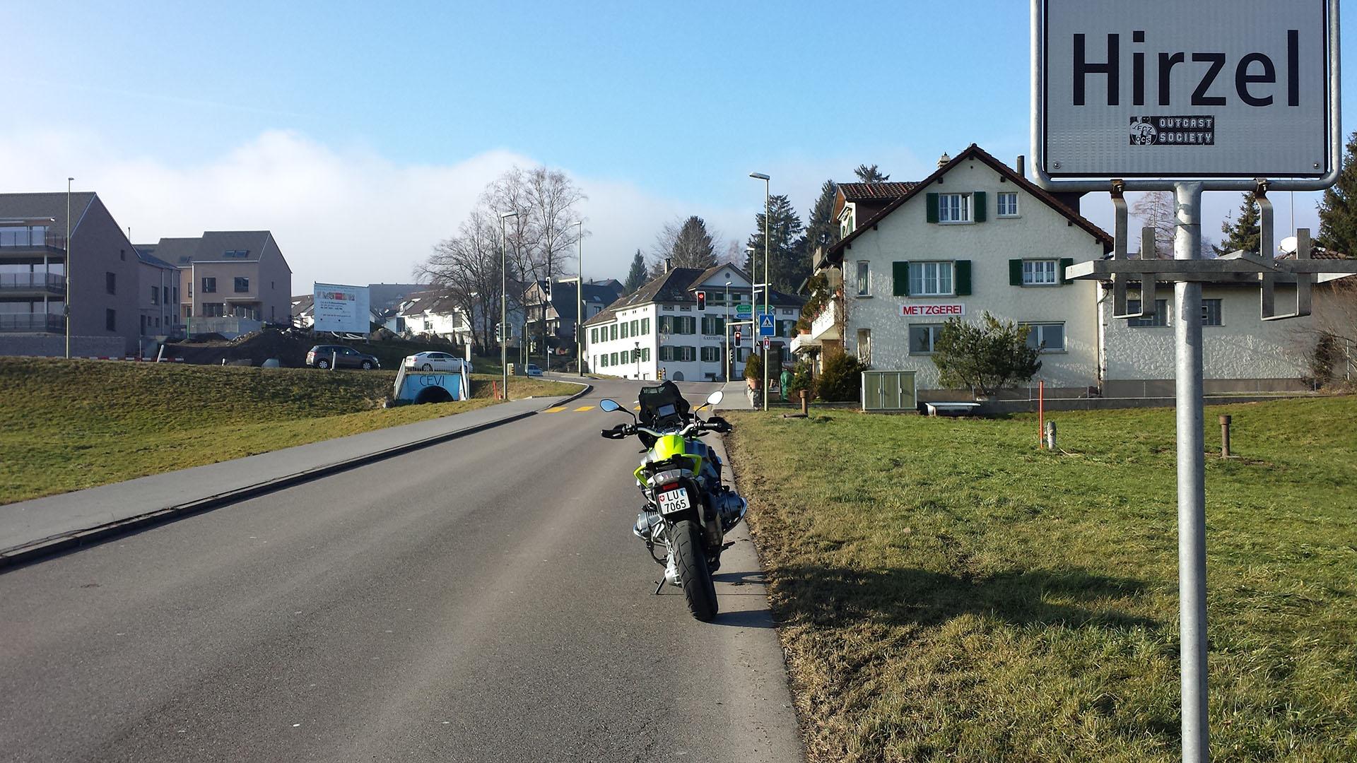 0672 - CH - Hirzel-Pass