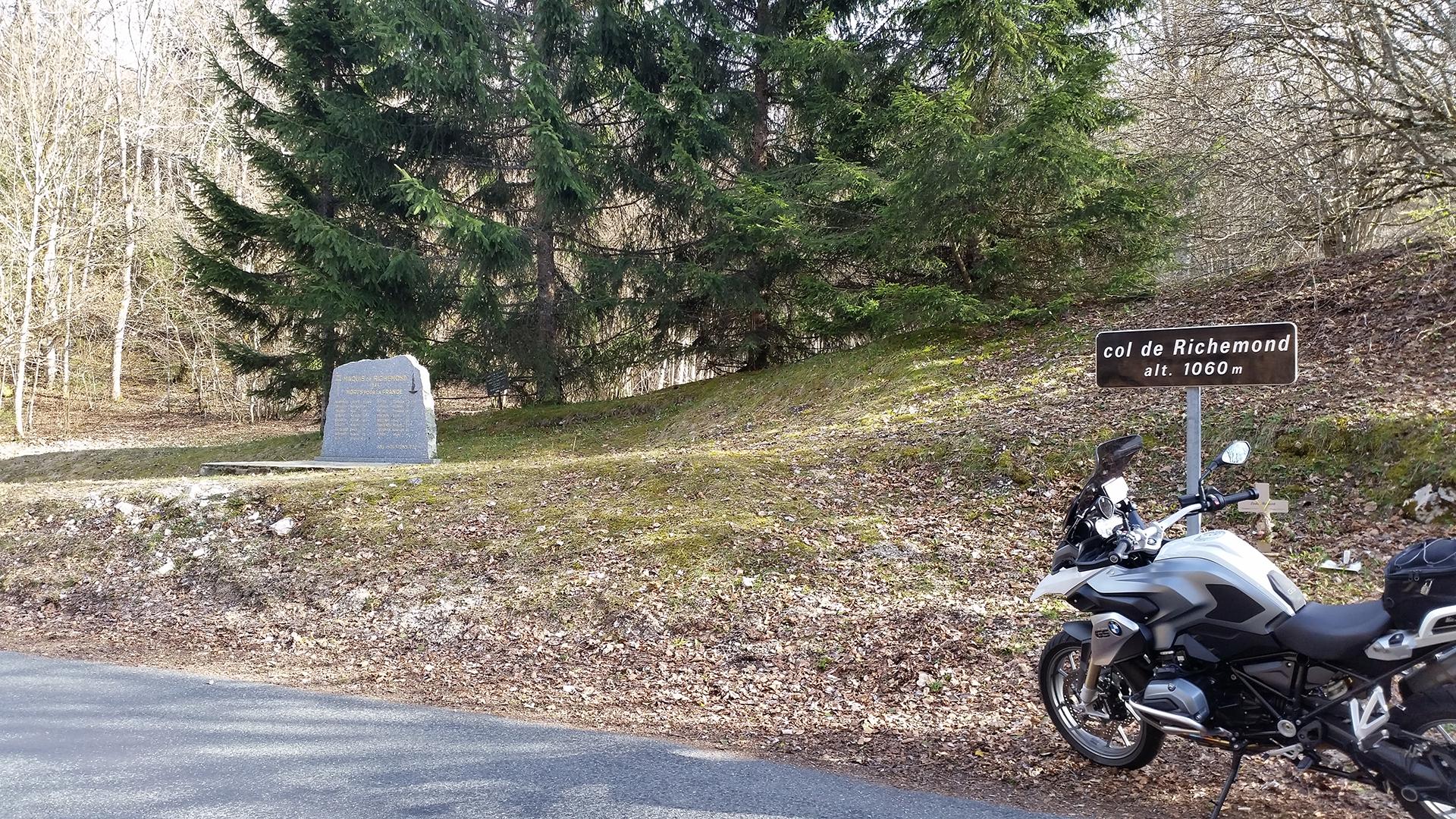 1060 - F - Col de Richemont