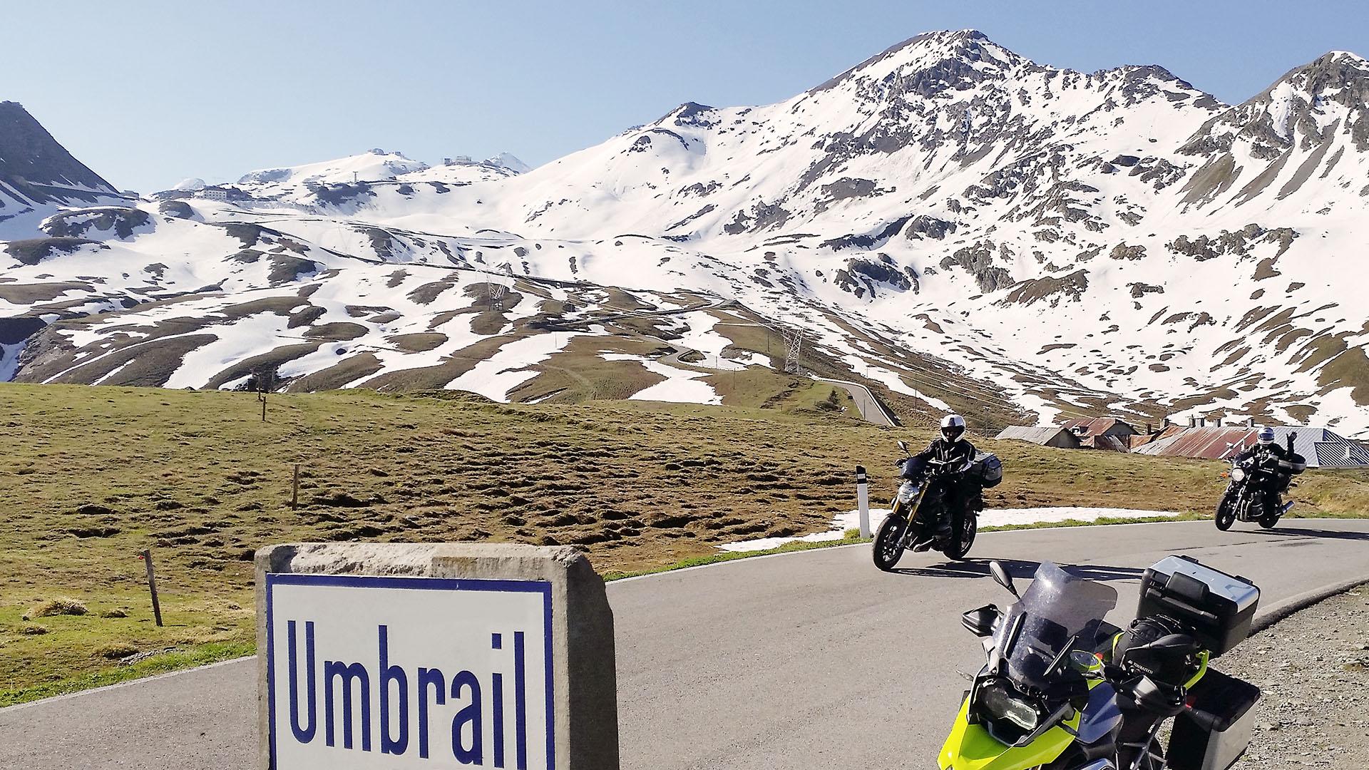 Höchste Alpenpässe der Schweiz auf Pässe.Info