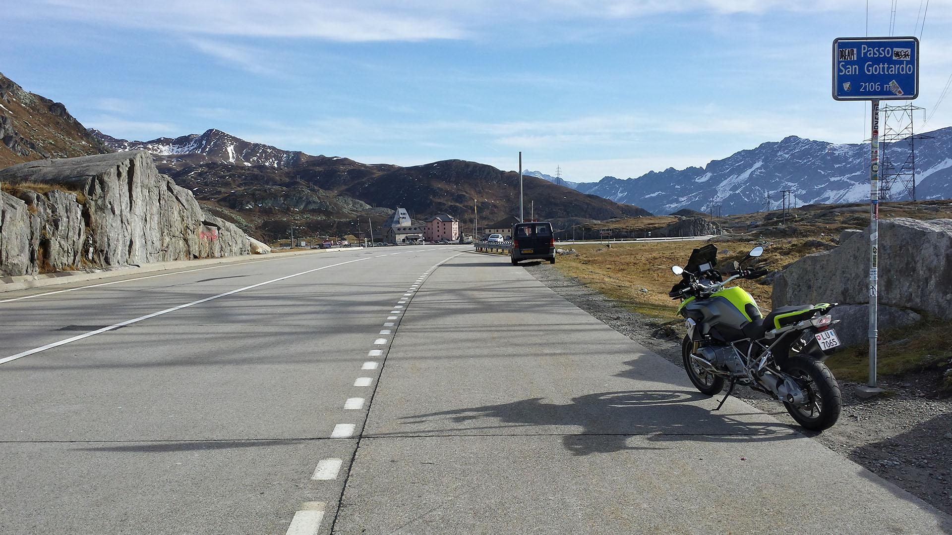 2106 - CH - Gotthard-Pass (Passo San Gottardo)