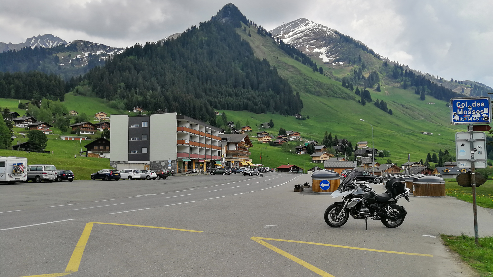 1445 - CH - Col des Mosses