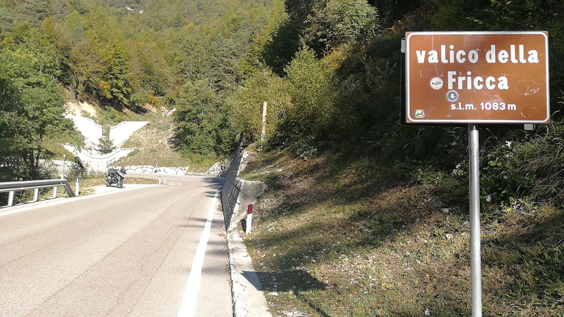 1083 - I - Valico della Fricca