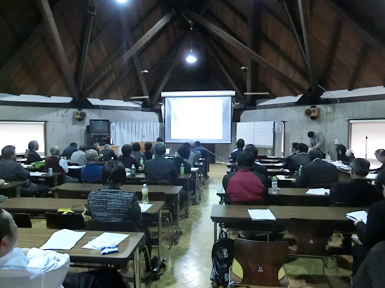 愛媛大学「森の国」リカレントコース成果発表会