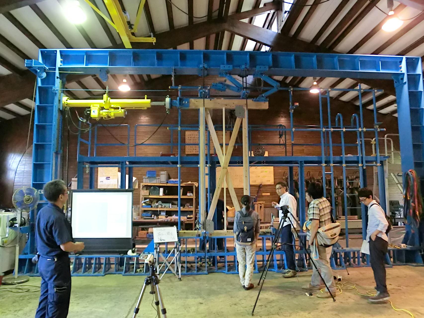 愛媛県建築士会 木造軸組工法耐力壁試験