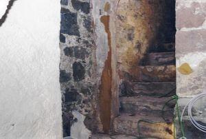 Treppe zum Burghof