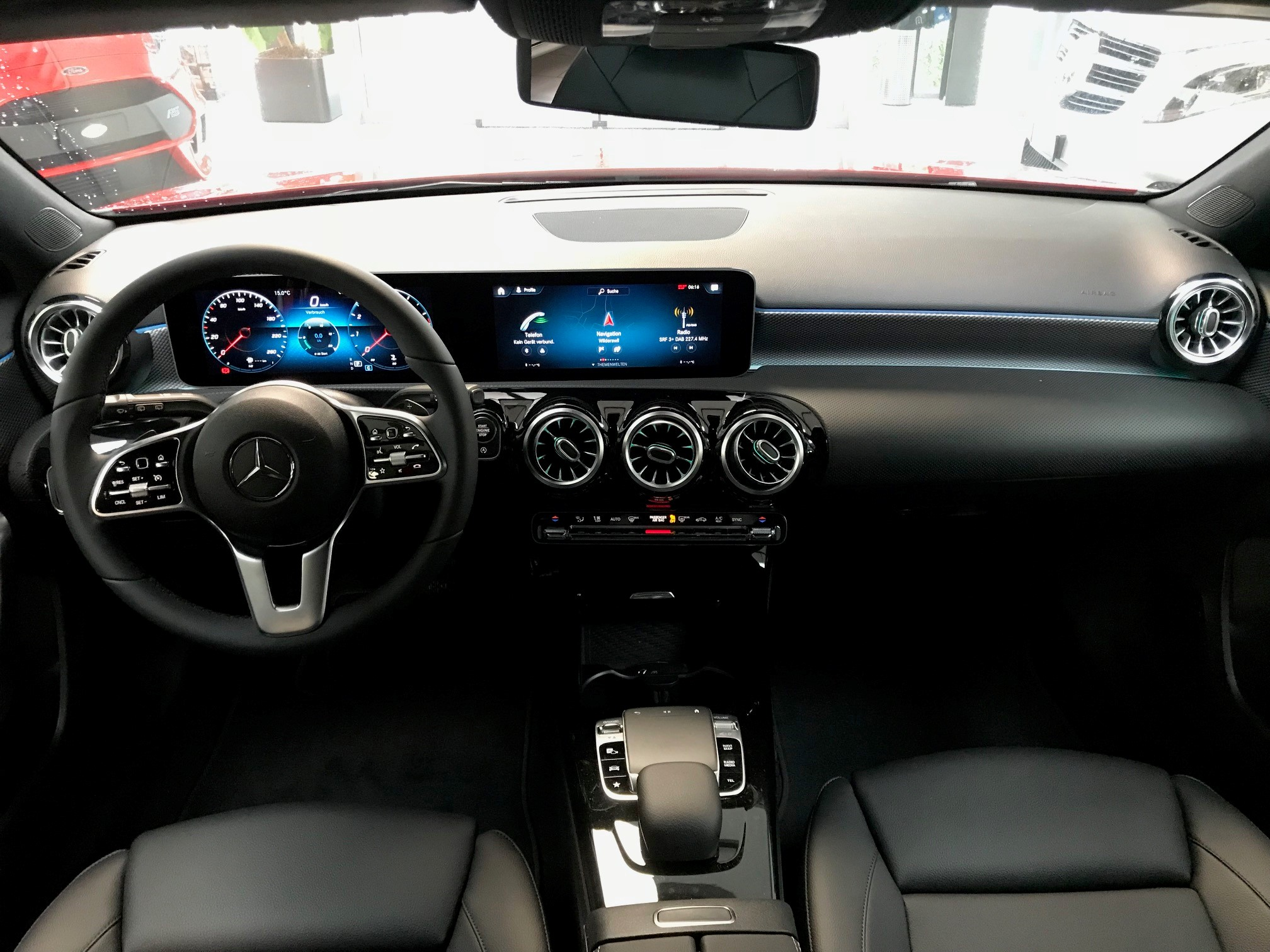 The New A-Class mit MBUX und Widescreen