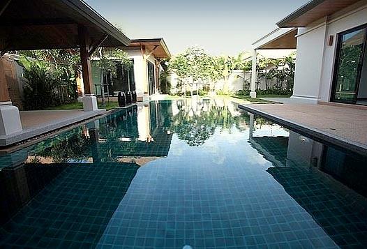 Phuket/Rawai Beach:Poolvillen