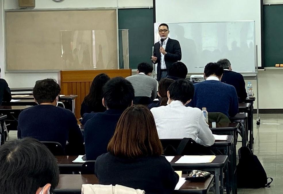 千葉県の生活保護法担当地区担当員研修において、「ケースワーカーの燃え尽きを防ぐ!ストレスに強くなり健康に働き続けるためのストレスマネジメント 」をテーマに講演を行いました。