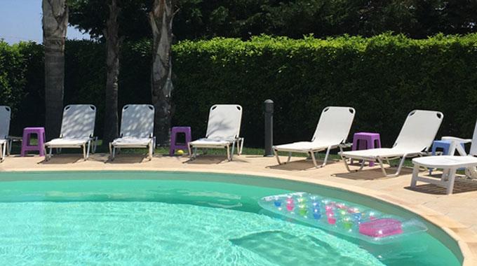 piscine : lieu naturiste pour la détente