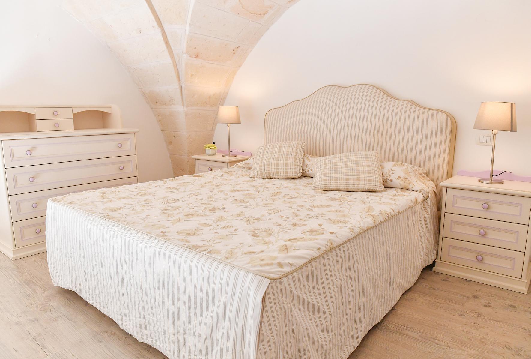 Lecce 5 - Camera matrimoniale mezzanino