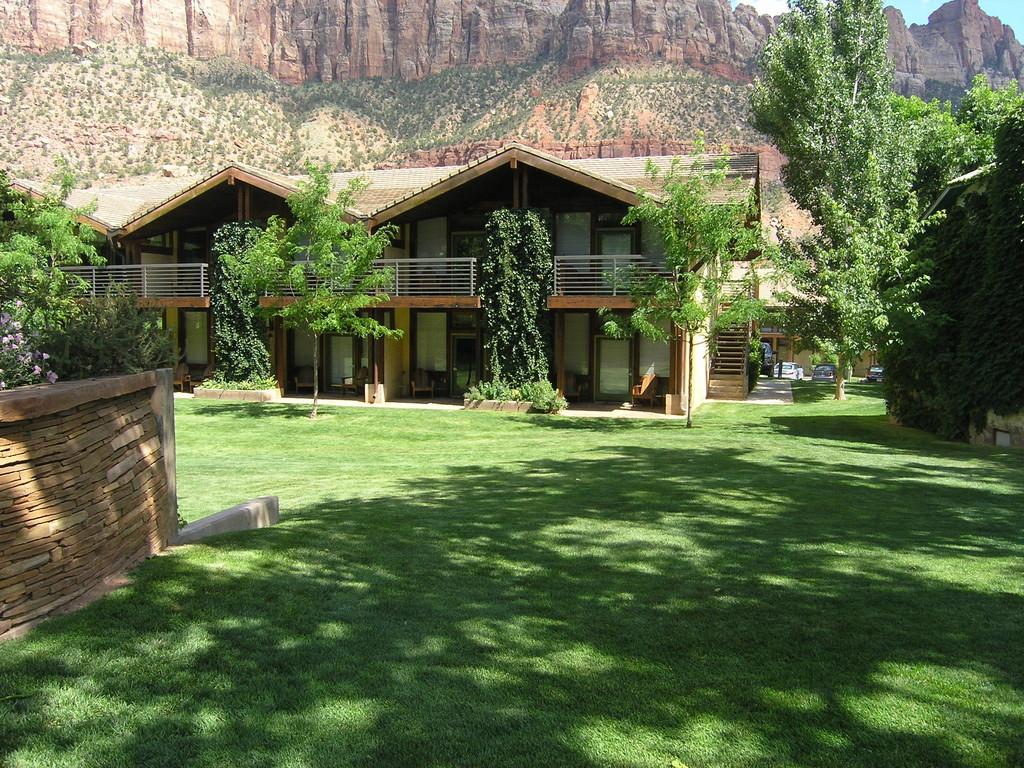 Das Desert Pearl Inn