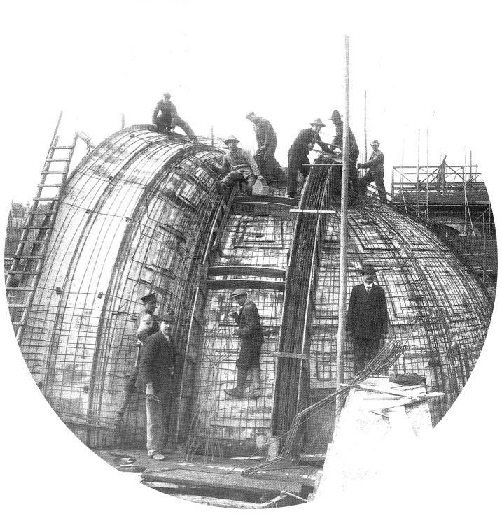Bauen für ein neues Leben - Bau der Orchestermuschel in der Trinkkuranlage um 1911 - Foto: Albert Schmidt