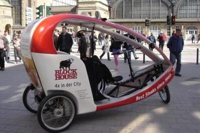 Hamburg by Rickshaw - Fahrradtaxi und Mobilitätswende