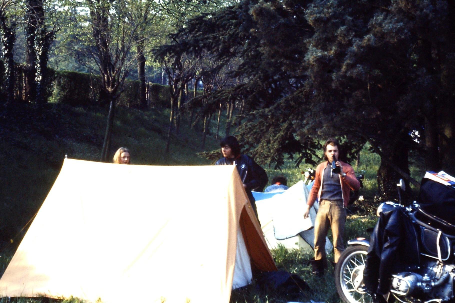 Imola 1973 mit Ernst und Sonja Zollinger und HP Gerber
