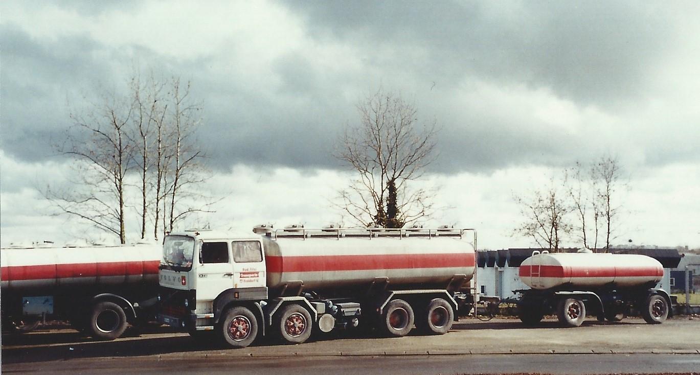 Volvo CH 230 4 Achser unterwegs in Frankreich 1984