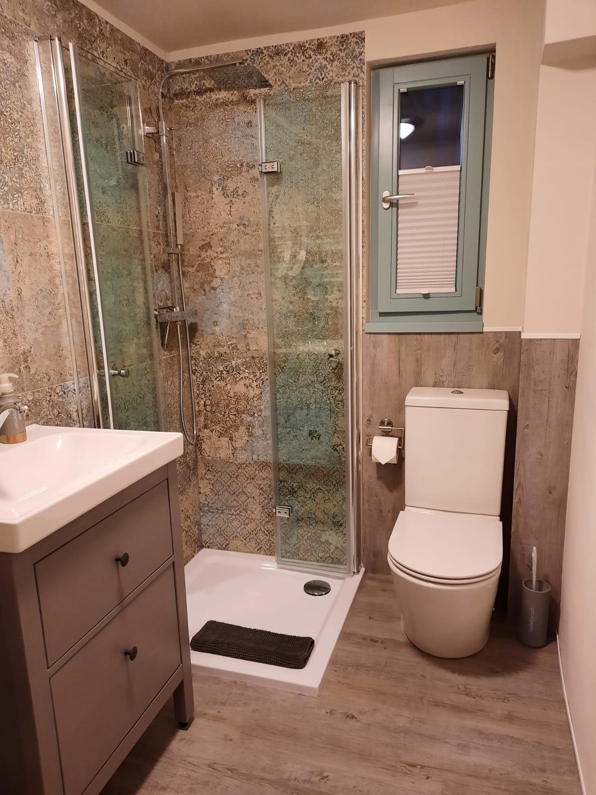 Badezimmer - Doppelzimmer Nr. 5 mit Küche