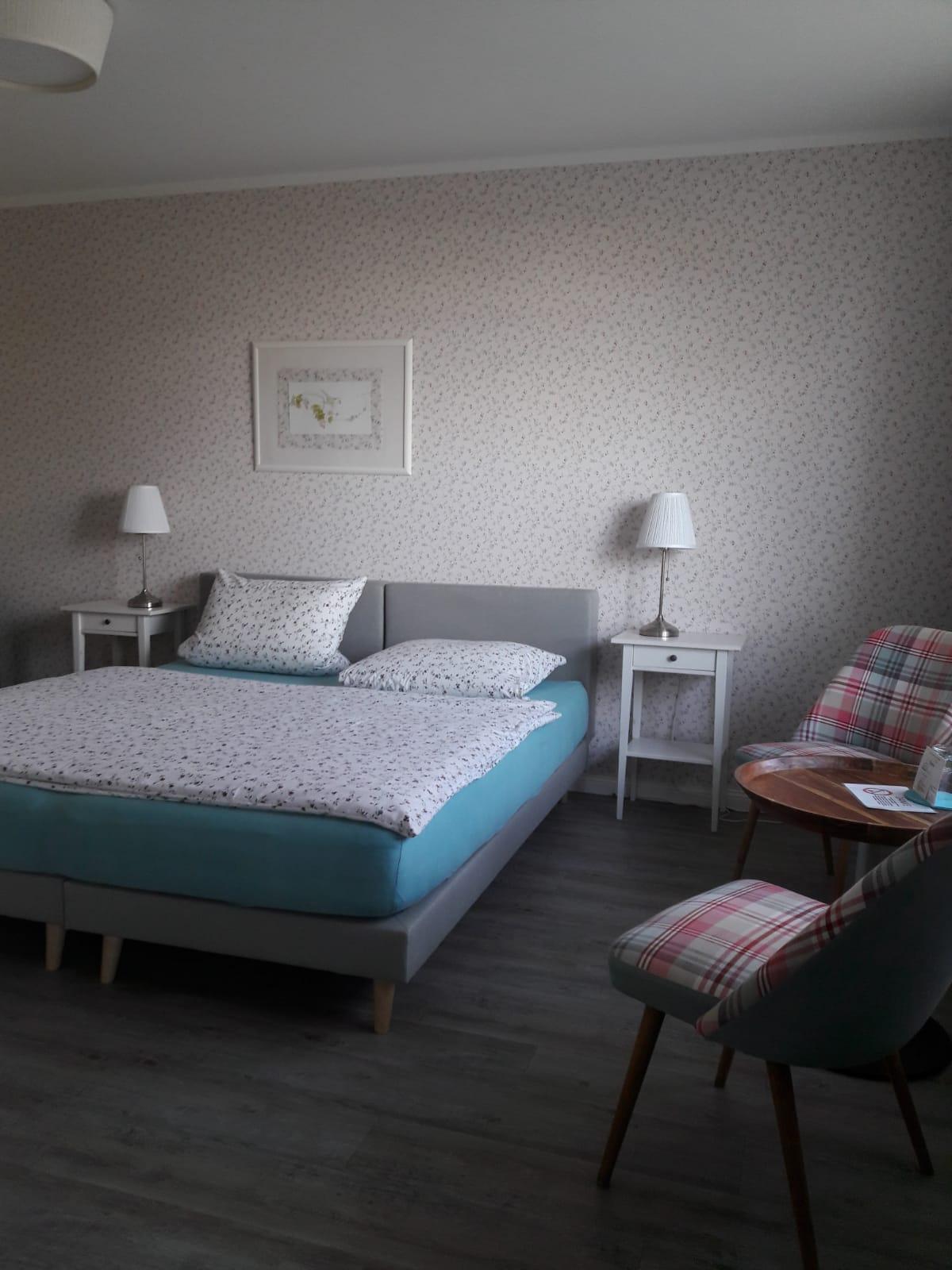 Doppelzimmer Nr. 5 mit Küche (für bis zu 2 Pers.)