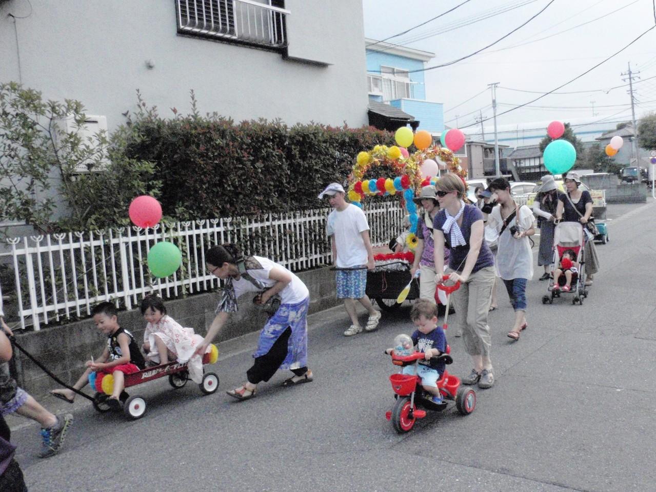 幼児パレード