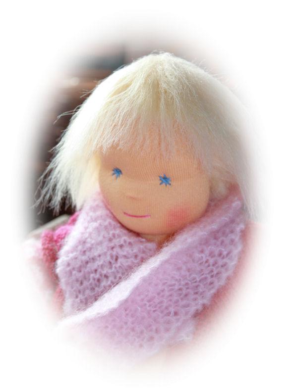 Chrigi - meine erste Waldorfpuppe ... ich konnte mich nicht entscheiden ob es ein Junge oder ein Mädchen sein sollte