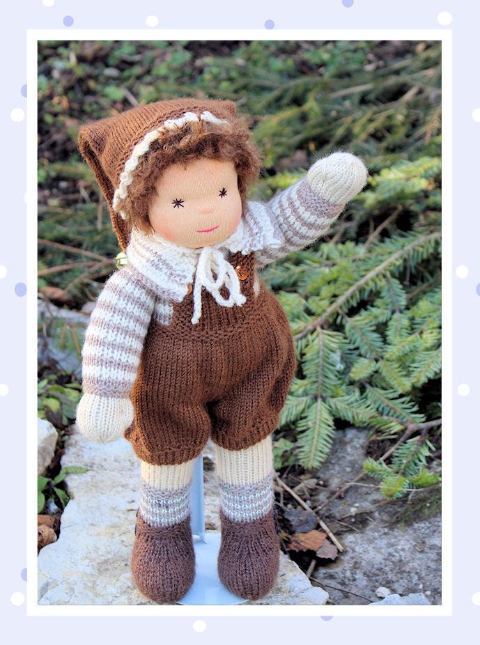 Eine Waldorfpuppe im nostalgischen Stil zudem noch ein Puppenjunge