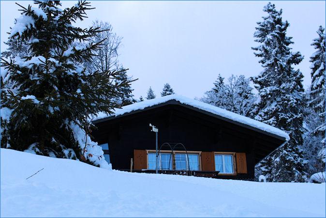 Im Winter versinken wir (auch unser Chalet) oft beinahe in den Schneemassen