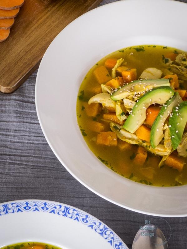 Einfaches Rezept für mexikanische Huehnersuppe