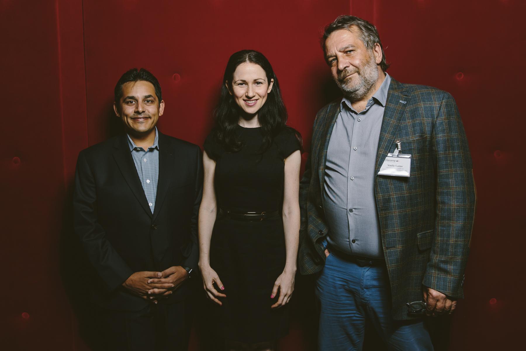 Die Keynoter Jigar Mehta (Fusion Media), Orit Kopel (WikiTribune) & Vasily Gatov (USC)
