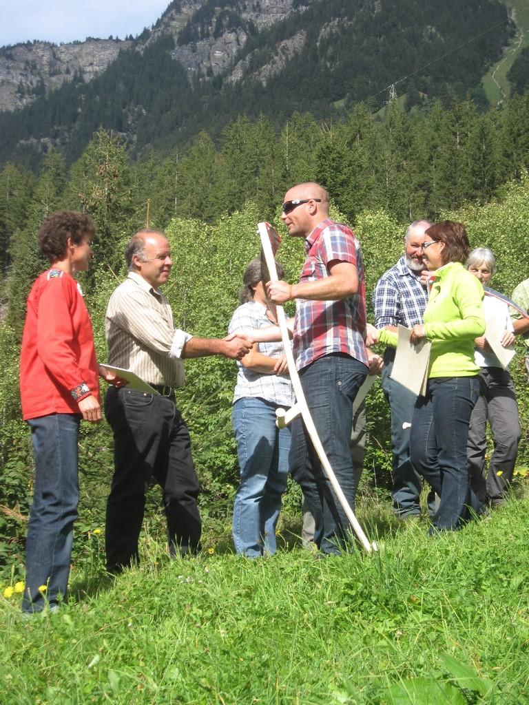 Preisübergabe durch Martin Strahm, Grindelwald Tourismus