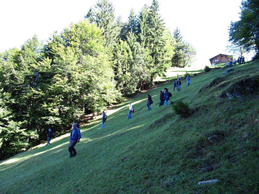 Besichtigung der steilen Trockenwiesen