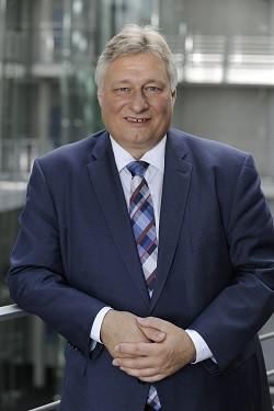 Martin Burkert im Paul-Löbe-Haus