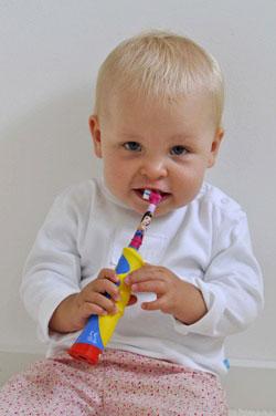 Ab dem ersten Zahn muß regelmäßig geputzt werden.