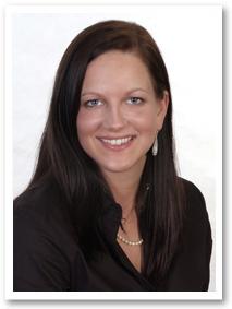 Frau Bröker ist prothetische und chirurgische Assistenz, und kümmert sich um Prophylaxe bei Kindern und Jugendlichen
