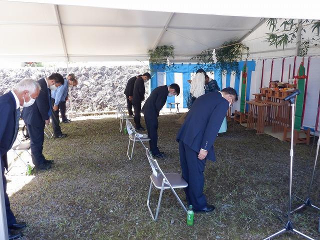 鳥取県営水力発電所(小鹿第二発電所)再整備事業に関する安全祈願祭が執り行われました。