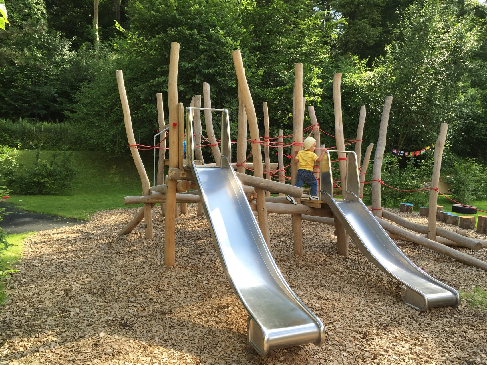 Wir bauen auch Spielplätze, Eberhard Gartenbau AG