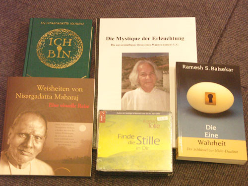 Last but not least: Bücher zum Thema Advaita (SATSANG)